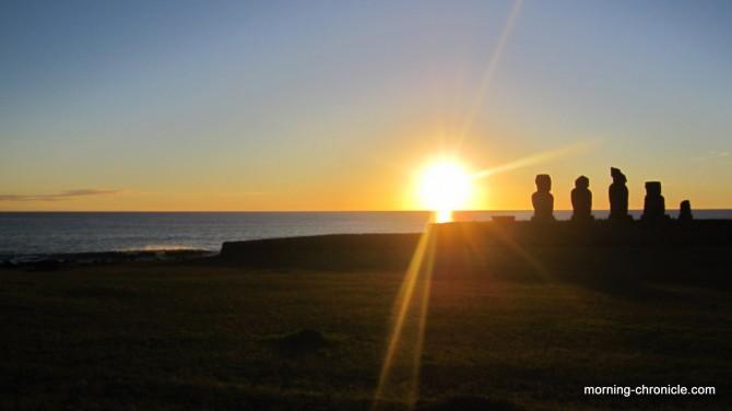 Ultime coucher de soleil sur l'île de Pâques