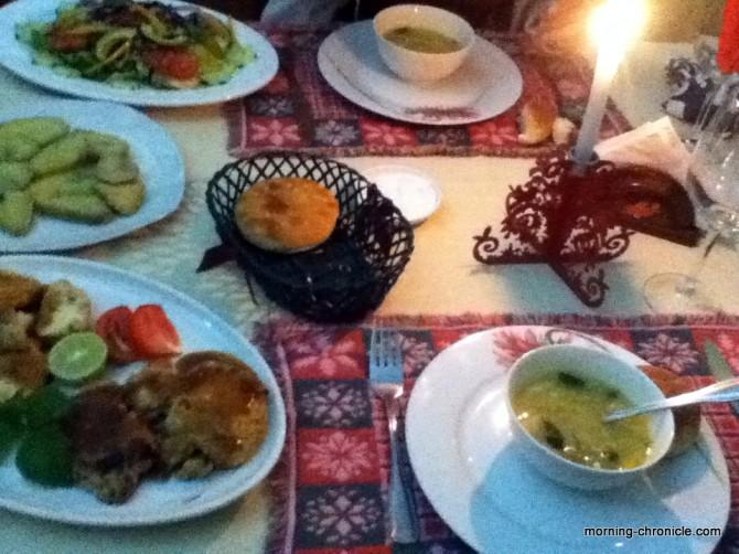 Premier repas sur l'île de Pâques