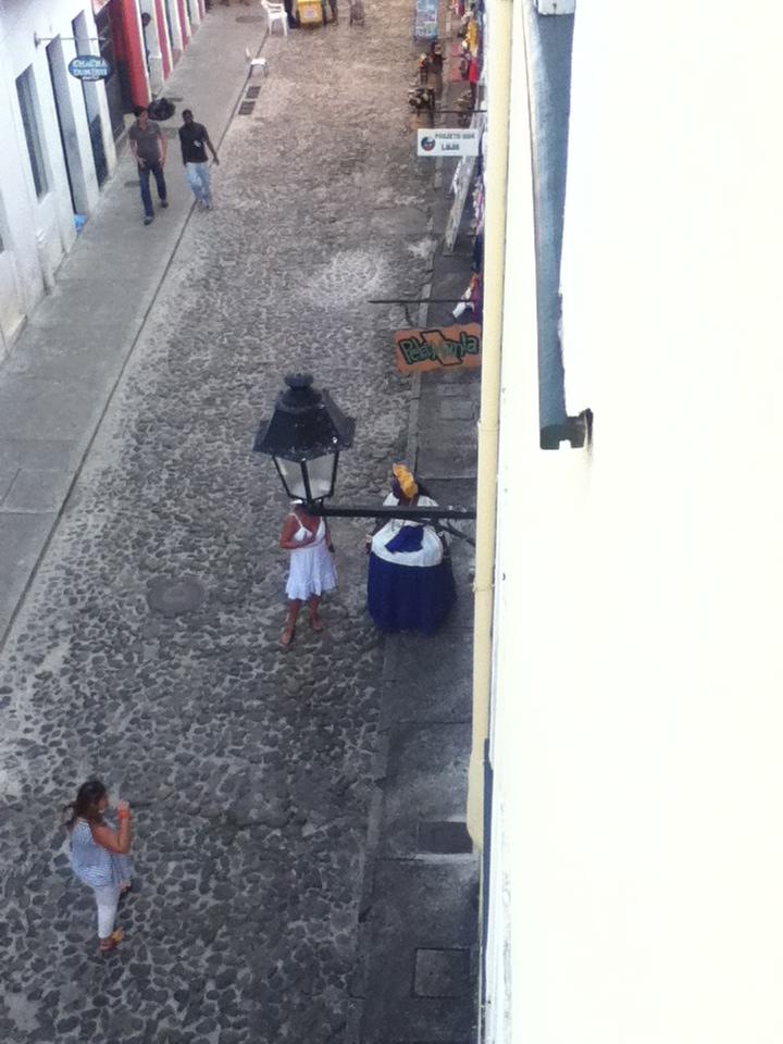 Mama Bahia avec costume traditionnel